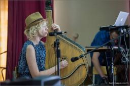 Концерт в женской колонии с Роман Коляда и Леся Верба